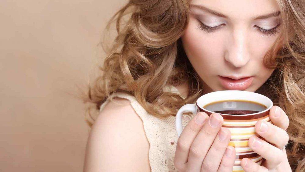 Beba bebidas con cafeína