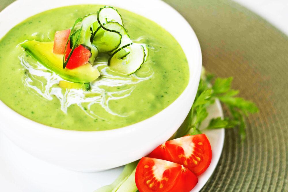 Aguacate en sopa