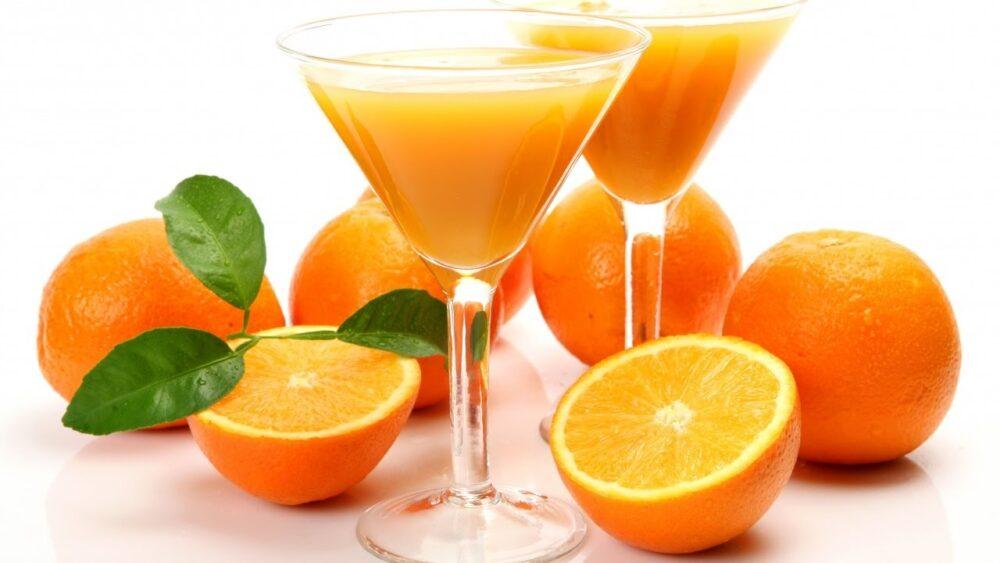 Beber vino con moderación puede retrasar el declive mental relacionado con la edad.