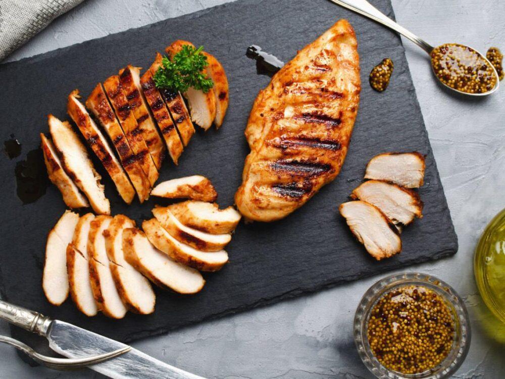 Comer carnes magras en los días de ayuno