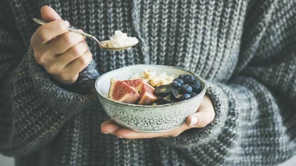 Comer porciones mas pequñas ayudar a bajar de peso