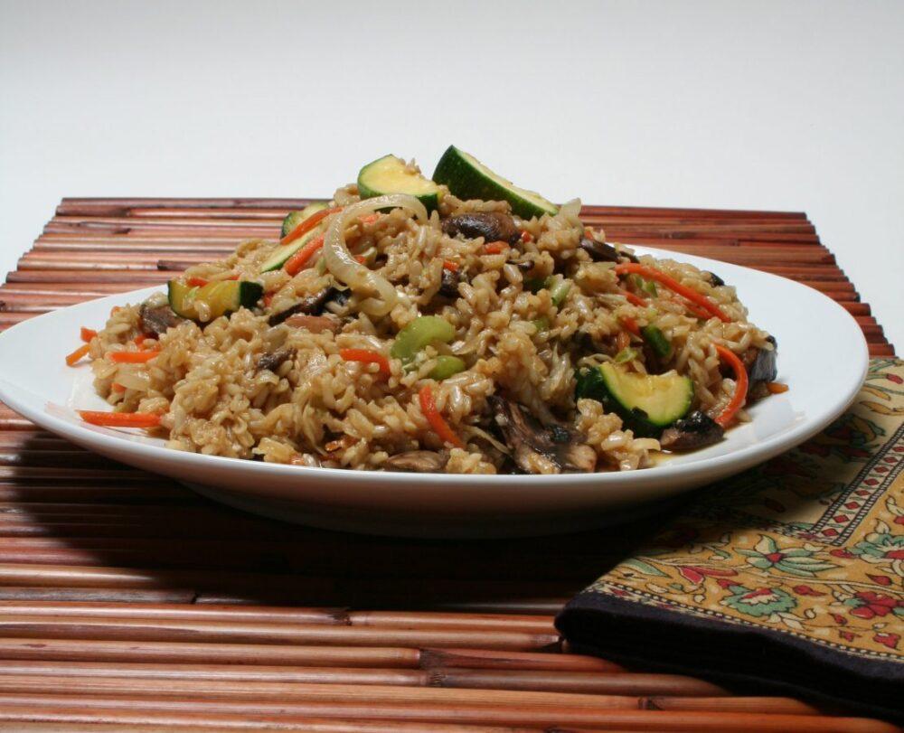 Como añadir el arroz integral a la dieta