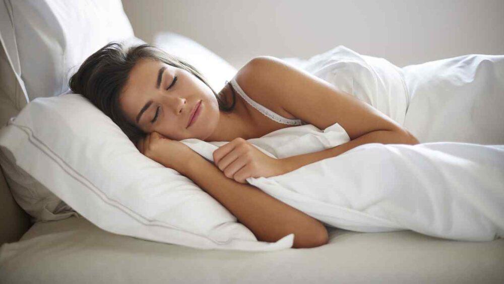 Dormir bien y evitar el estres ayuda a bajar de peso