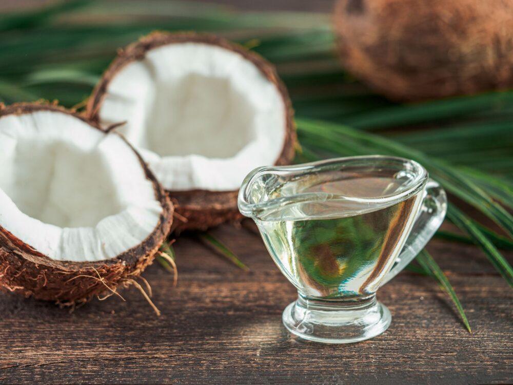 El aceite de coco Mejorar la salud del hígado
