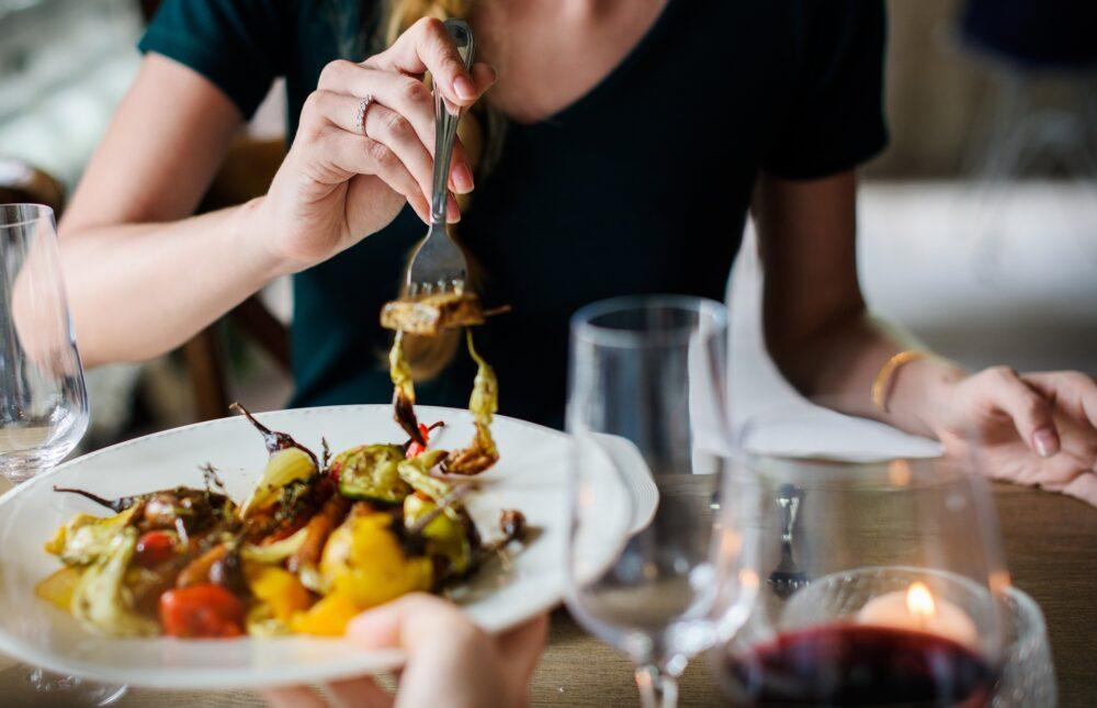 11 formas probadas de perder peso sin dieta ni ejercicio
