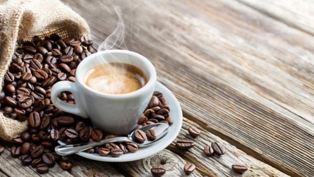 ¿Cómo afecta el café al peso?