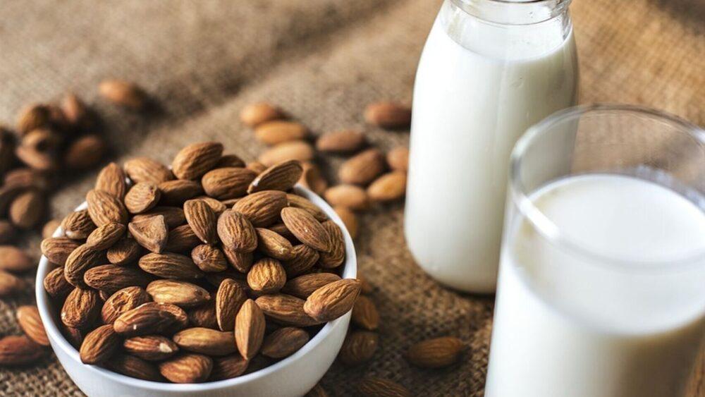La leche almendrada no es apropiada para los infantes