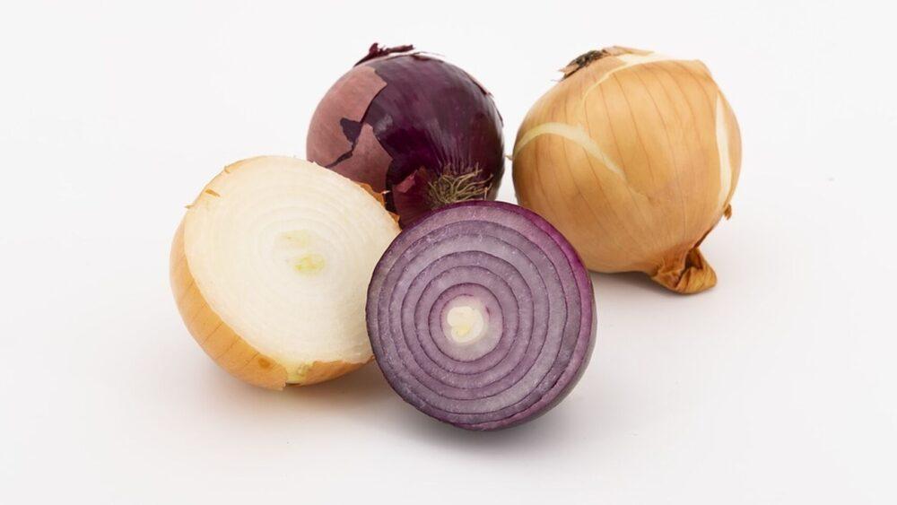 Cebolla 101: Datos sobre nutrición y efectos en la salud