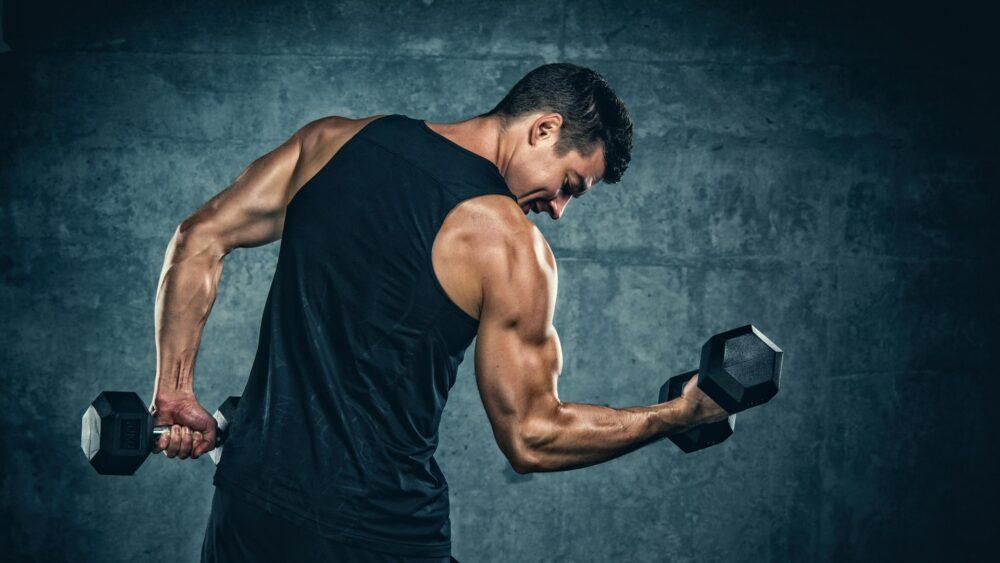 Levantamiento de pesas ayuda a aumentar de peso