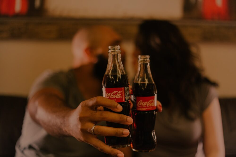 Los bebedores de soda tienen un riesgo drásticamente incrementado de gota