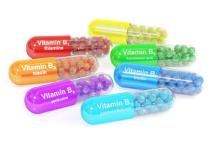 Vitaminas de complejo B: Beneficios, efectos secundarios y dosis
