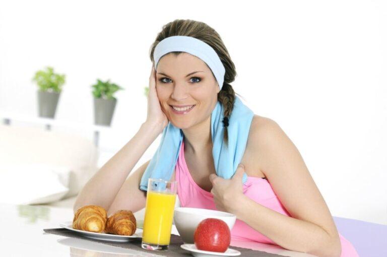 ¿Debes comer antes o después de hacer ejercicio?