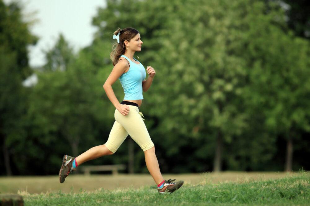 ¿El ejercicio le ayuda a perder peso?