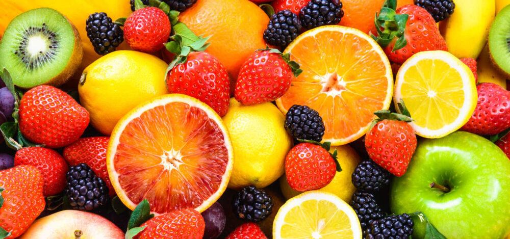 ¿La fruta le ayuda a perder peso?