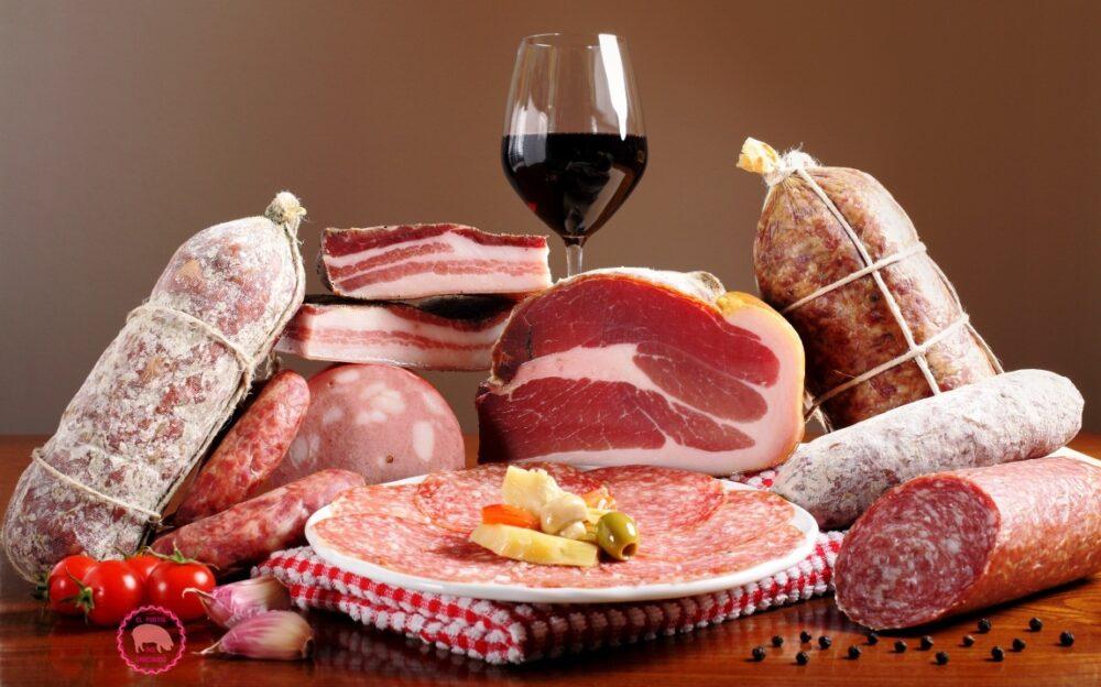 ¿Son dañinos los nitratos y los nitritos en los alimentos?