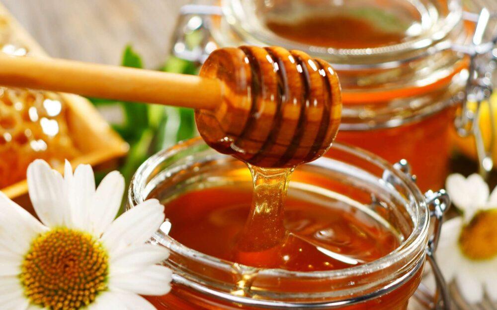 10 Sorprendentes beneficios de la miel para la salud