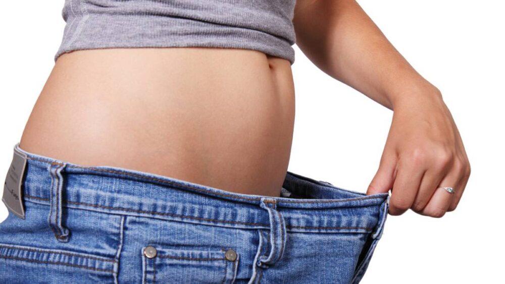 26 consejos para la pérdida de peso que en realidad se basan en la evidencia