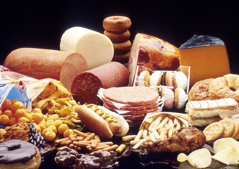 6 alimentos que causan inflamación