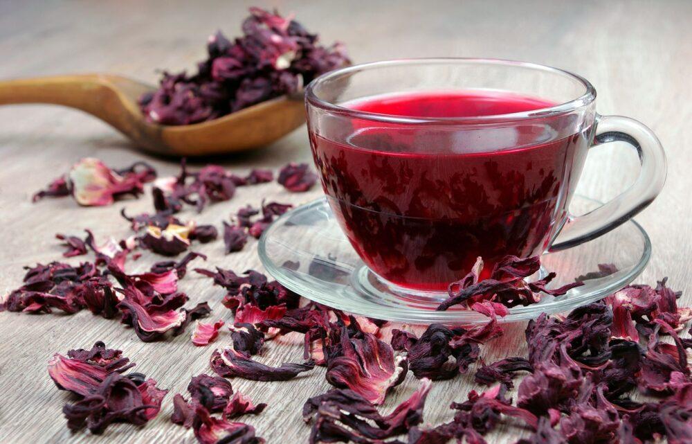 8 Beneficios del té de hibisco