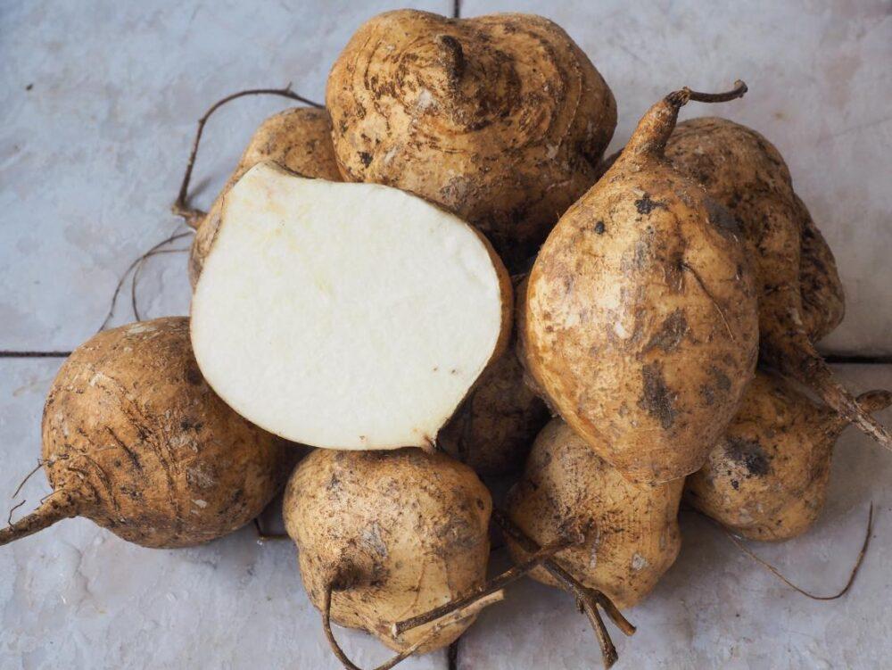 8 Beneficios para la salud y la nutrición de Jicama