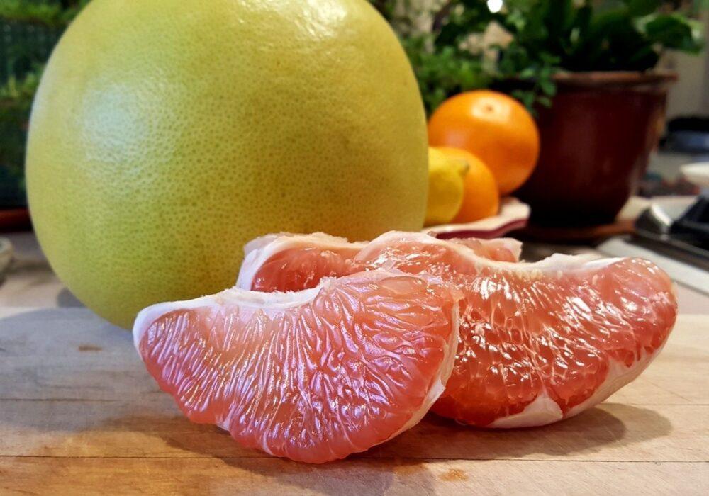 Advertencia sobre el pomelo: Puede interactuar con medicamentos comunes