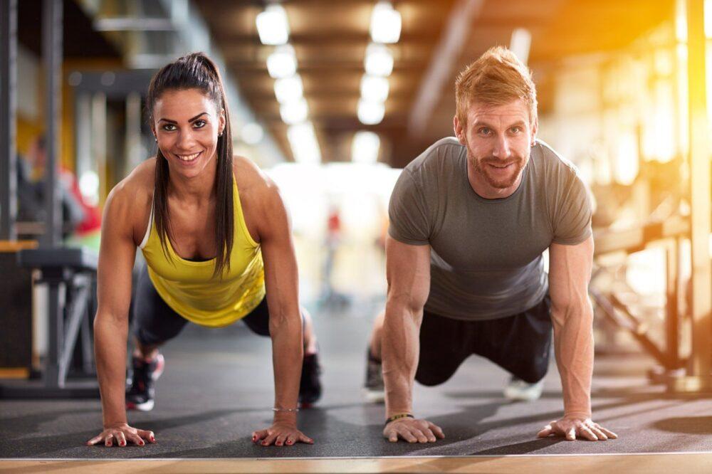 Algunas personas descubren que pueden mantener su régimen de ejercicio regular mientras ayunan.
