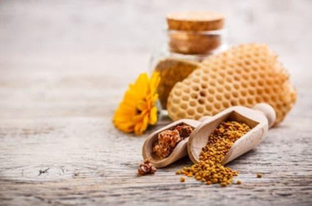 Algunas pruebas sugieren que el polen de abeja puede mejorar la utilización de los nutrientes por parte del cuerpo