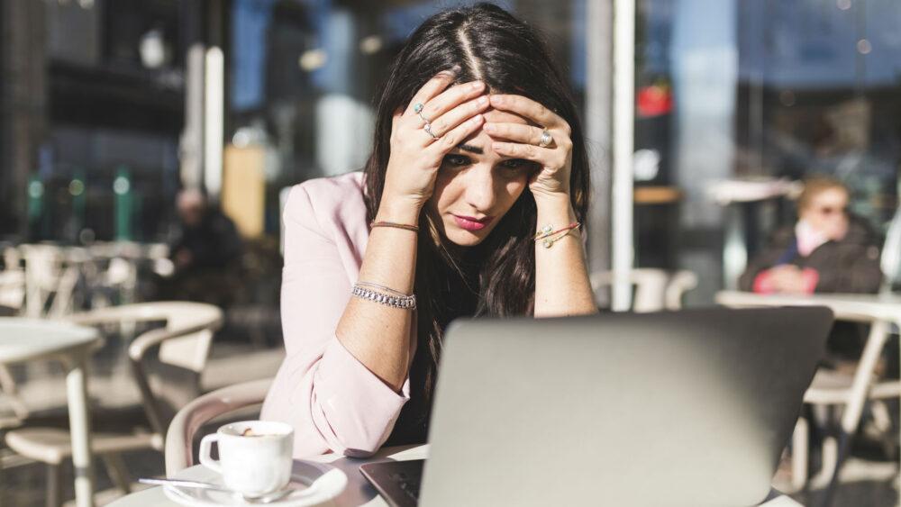 Aprenda a reconocer los pensamientos estresantes