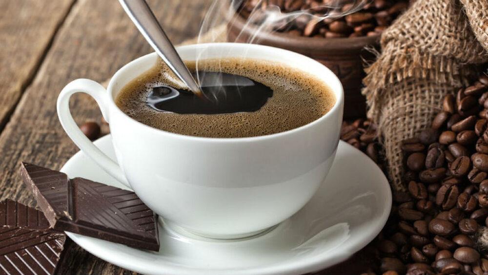 Beba café para reducir el apetito