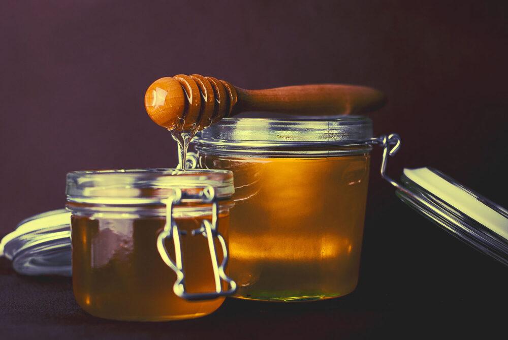 Cómo almacenar y manejar la miel correctamente
