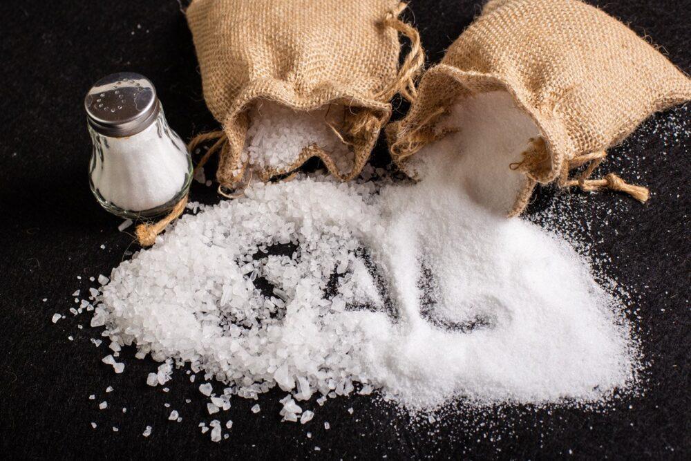 Cómo minimizar los síntomas de sensibilidad a la sal