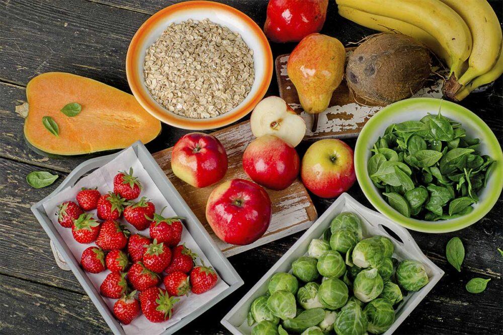 Coma alimentos altos en fibra en cada comida