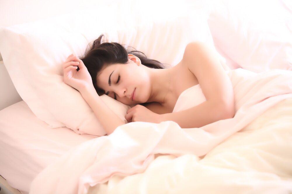 Dormir bien puede aumentar el apetito