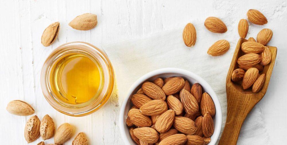 El aceite de almendra es una gran fuente de la potente vitamina E antioxidante.