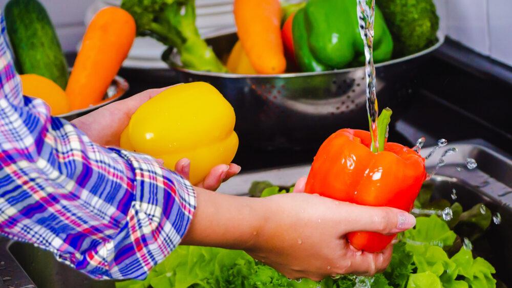 Formas de reducir la exposición a los pesticidas de los alimentos