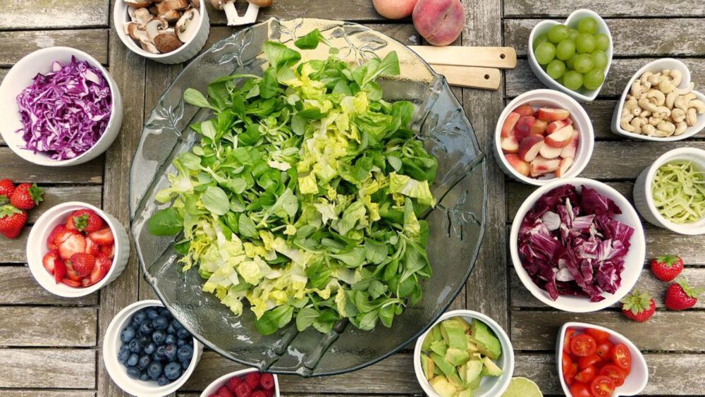 La baja ingesta de calorías Puede reducir la fertilidad