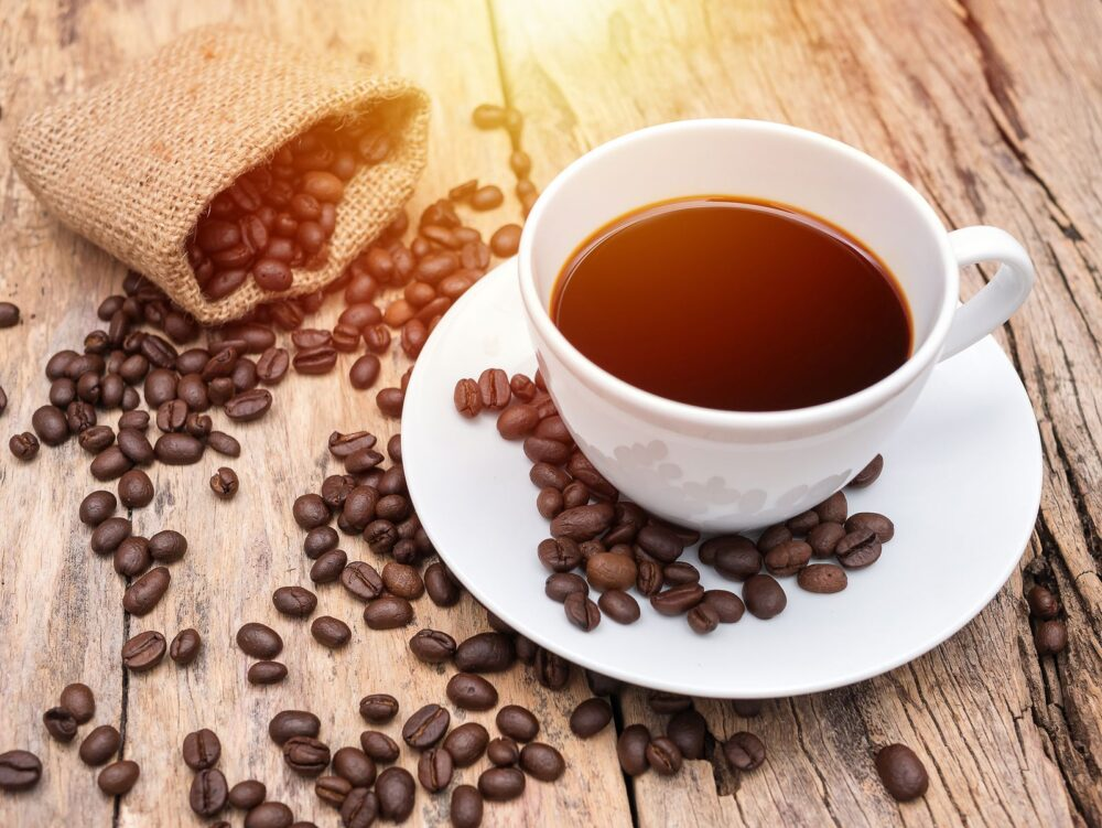 La cafeína puede mejorar el estado de ánimo y la función cerebral