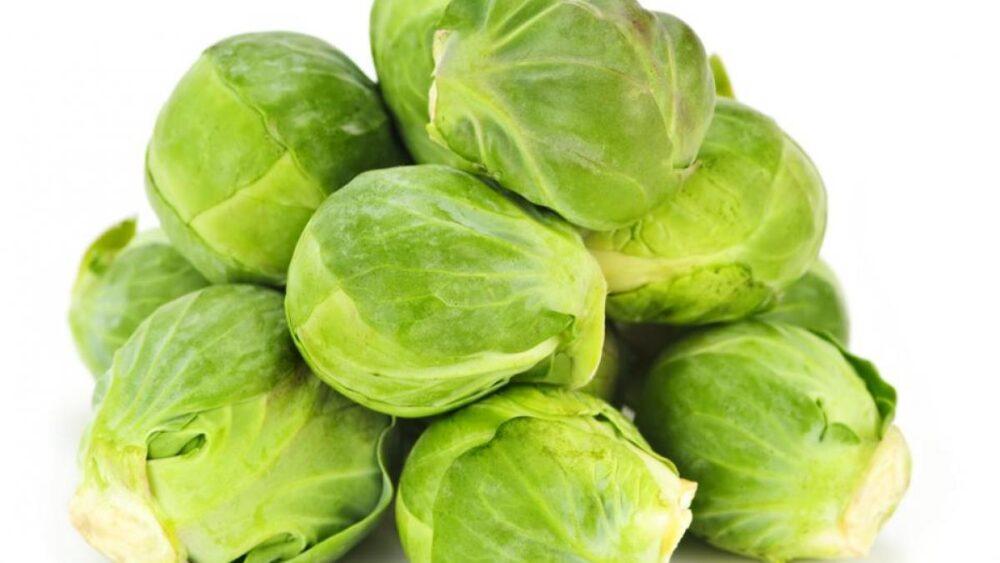 La fibra y los antioxidantes de las coles de Bruselas pueden ayudar a mantener estables sus niveles de azúcar en la sangre