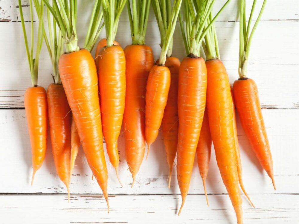 La pectina es la principal forma de fibra soluble de las zanahorias (8).