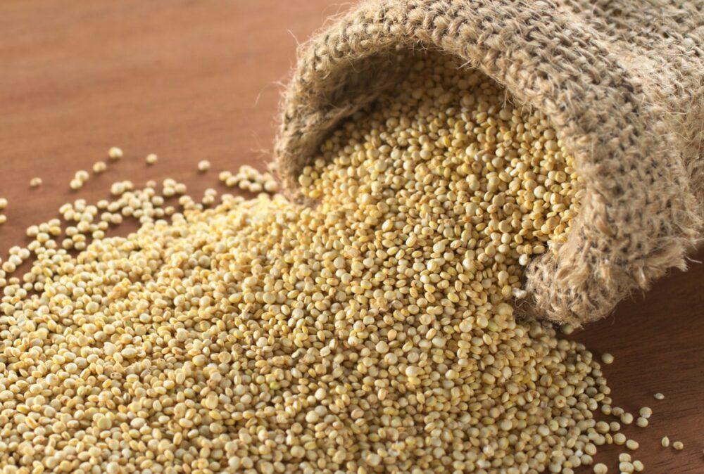 La quinua tiene muchas propiedades que la convierten en un alimento que favorece la pérdida de peso.