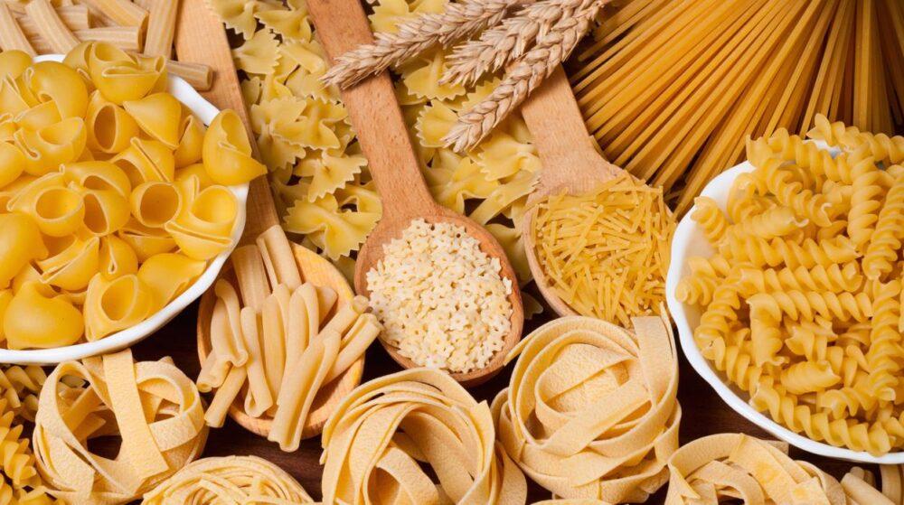 Las 11 mejores alternativas bajas en carbohidratos para la pasta y los fideos