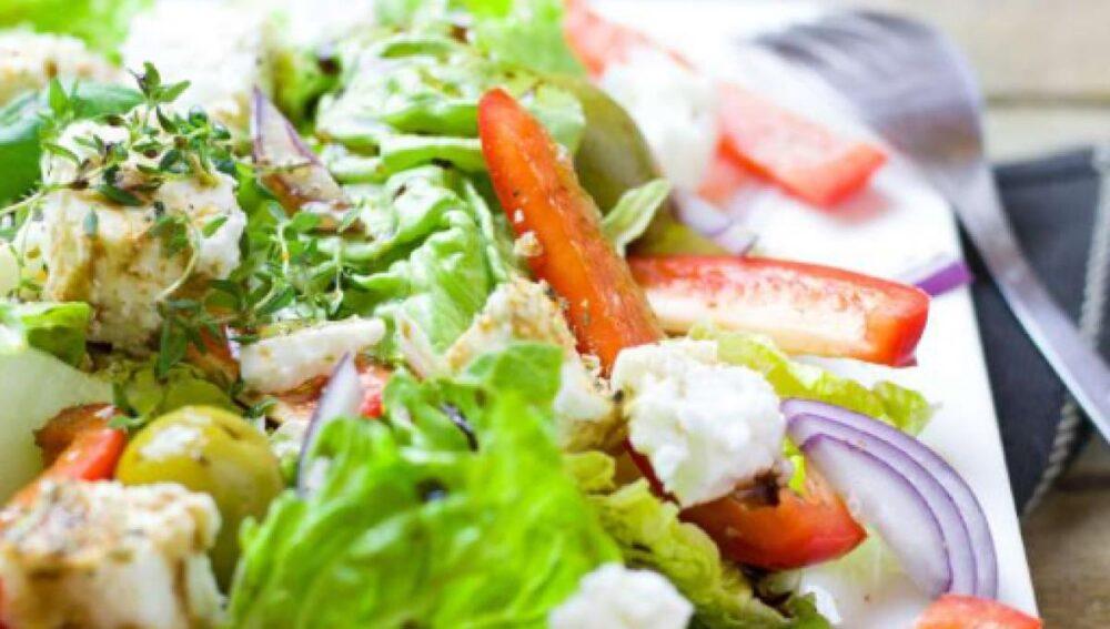 Las dietas bajas en carbohidratos conducen a una reducción automática de la ingesta de calorías