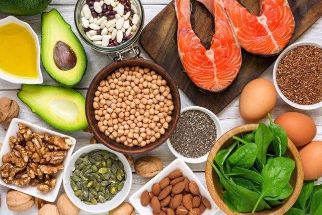 Las grasas poliinsaturadas omega-3 son conocidas por sus efectos en la salud del corazón