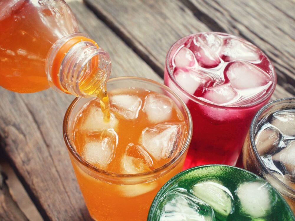 Limite su consumo de bebidas carbonatadas