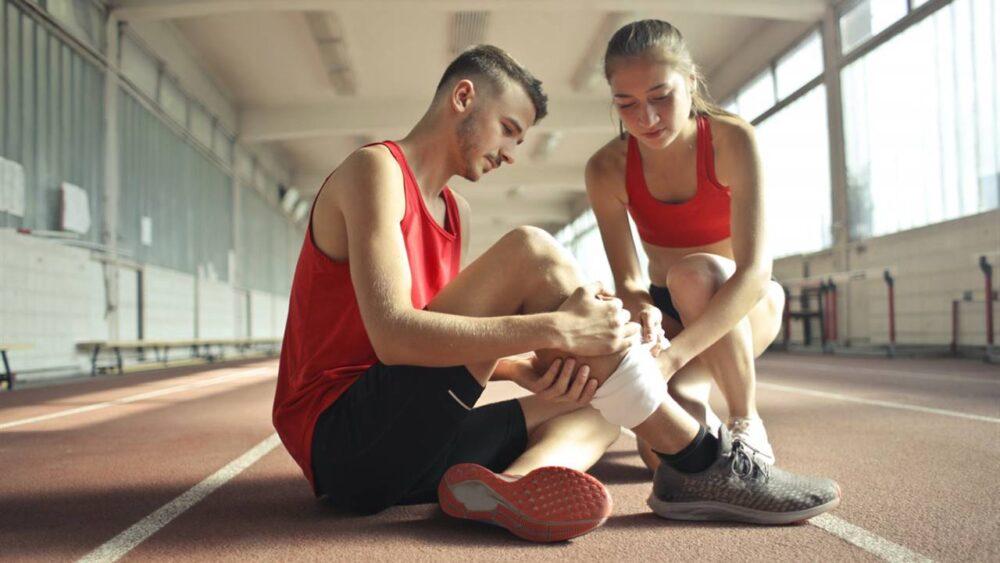 Los 14 mejores alimentos y suplementos para las lesiones deportivas