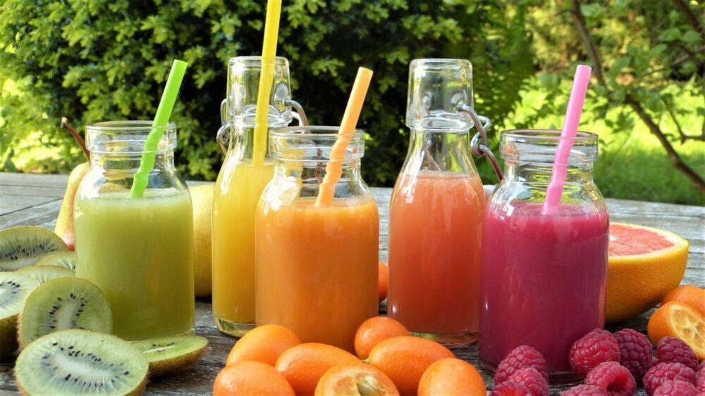 Los jugos de frutas no son tan diferentes de los refrescos azucarados