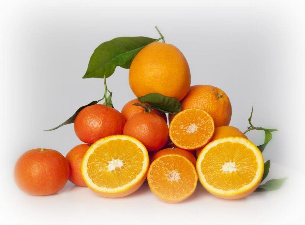 Mandarina y naranja Sus sabores varían ligeramente