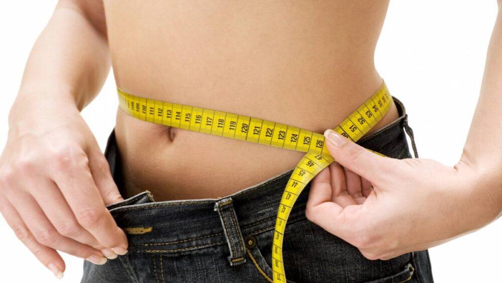 Mantener un peso estable y saludable para tener huesos fuertes
