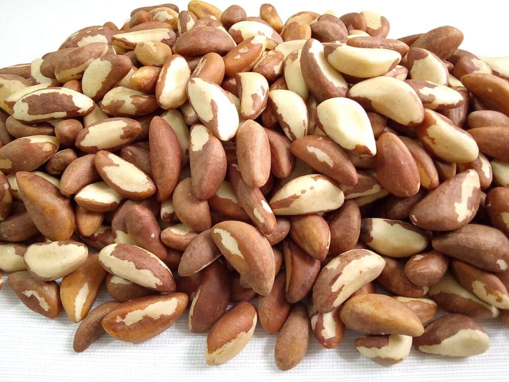 7 Beneficios probados para la salud de las nueces de Brasil