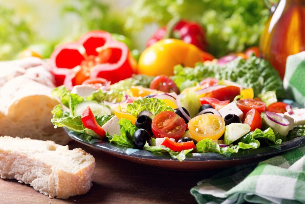 Para huesos fuertes Evite las dietas muy bajas en calorías